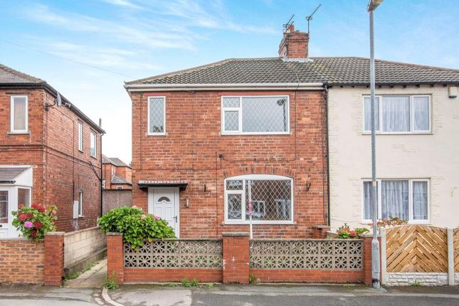 Thumbnail Semi-detached house to rent in Weetworth Avenue, Castleford