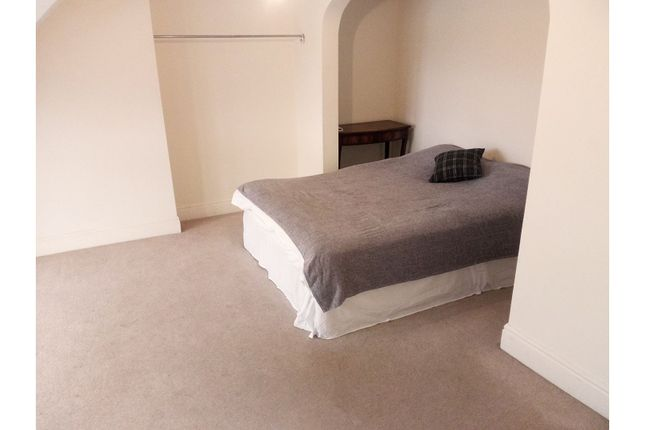 Master Bedroom of Thames Side, Reading RG1