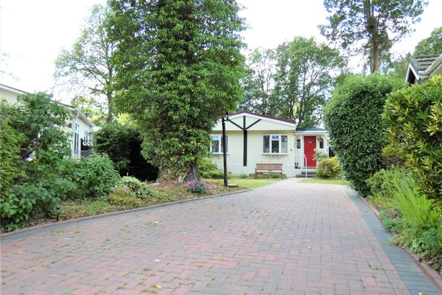 2 bed property for sale in California Country Park, Nine Mile Ride, Finchampstead, Wokingham RG40
