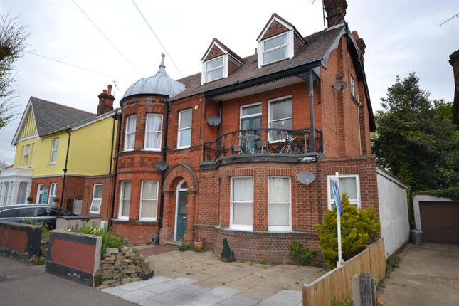 Thumbnail Flat for sale in Skelmersdale Road, Clacton-On-Sea