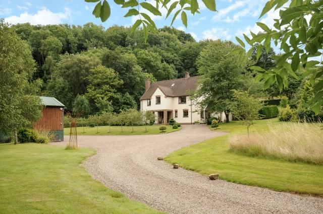 Thumbnail Detached house for sale in Hay On Wye 6 Miles, Dorstone