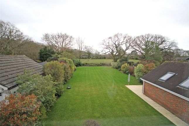 Picture No. 11 of St. Johns Road, New Milton, Hampshire BH25