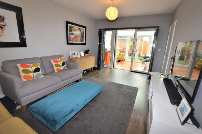 Thumbnail Detached house for sale in Clifton Hatch, Harlow