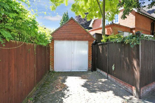 Thumbnail Detached house to rent in Woodstock Road, London