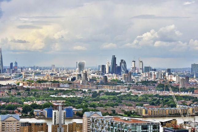 City Views of 25 Crossharbour Plaza, London E14
