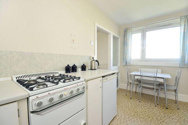 Thumbnail Flat to rent in Tangley Grove, Roehampton