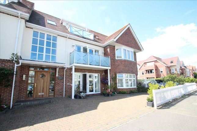 Main Picture of Principal Court, Queens Road, Frinton-On-Sea CO13