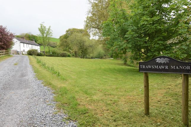 Thumbnail Country house for sale in Henfwlch Road, Carmarthen