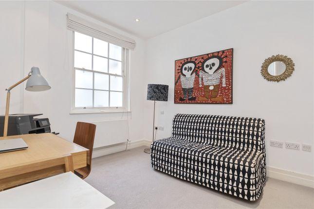Bedroom of Guilford Street, Bloomsbury, London WC1N