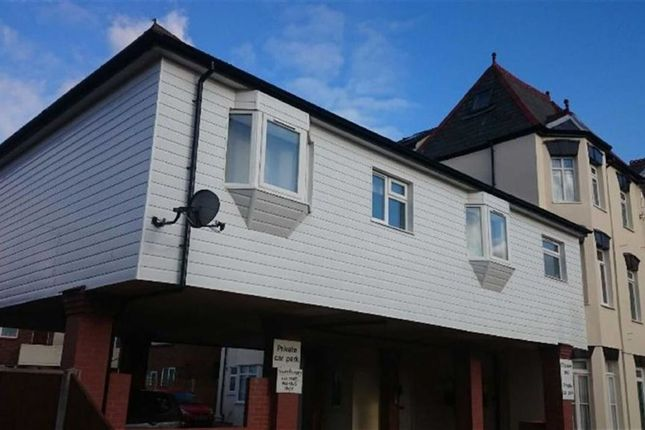 Thumbnail Flat to rent in 25 Church Road, Clacton-On-Sea, Essex