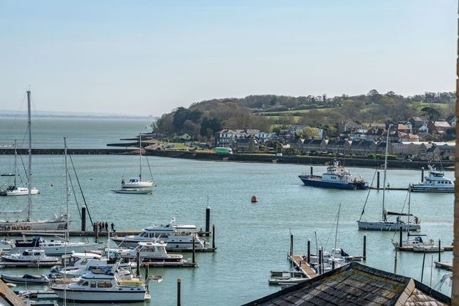 Thumbnail Flat for sale in Birmingham Road, Cowes