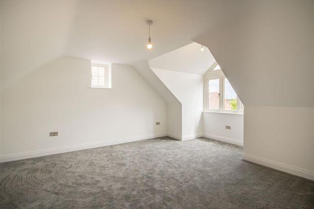 Bed4 (1) of Holt Croft Close, Breaston, Derby DE72