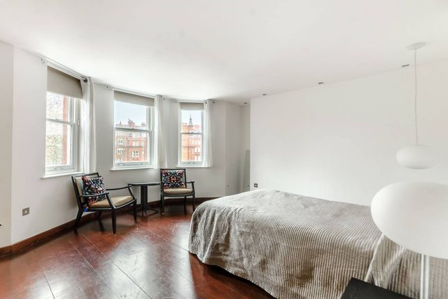 Flat to rent in Hans Place, Knightsbridge, London