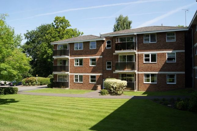 Thumbnail Flat for sale in Rapallo Close, Farnborough