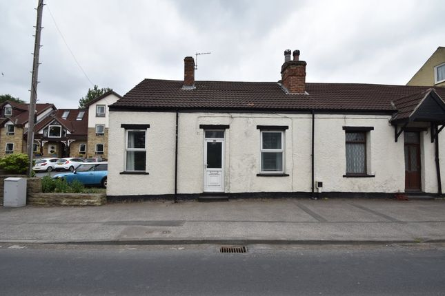 Thumbnail Cottage to rent in Wakefield Road, Garforth, Leeds