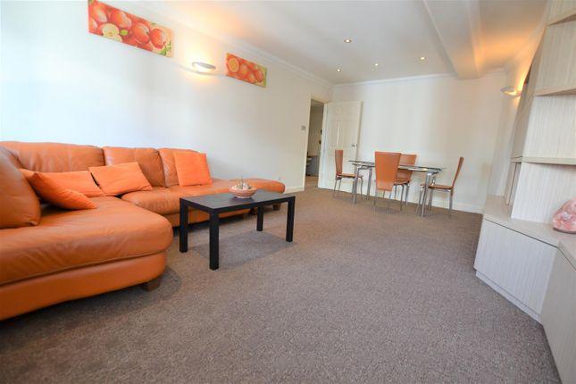 Thumbnail Flat to rent in High Street, Yiewsley, West Drayton