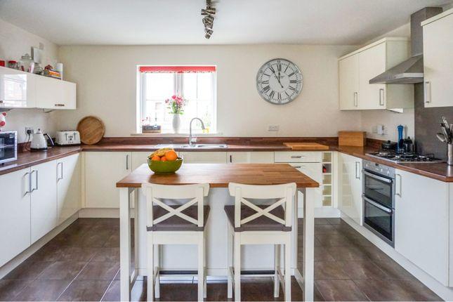 Kitchen of Harrow Lane, Scartho Top, Grimsby DN33
