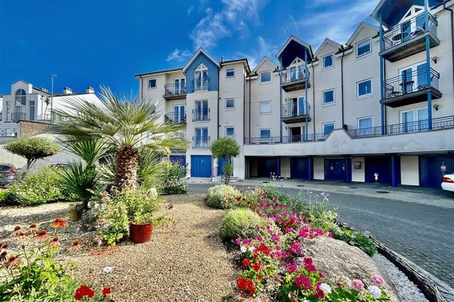 3 bed flat for sale in Moorings Reach, Harbour Area, Brixham TQ5