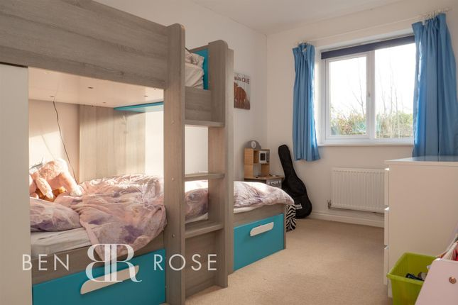 Master Bedroom of Assembly Avenue, Leyland PR25