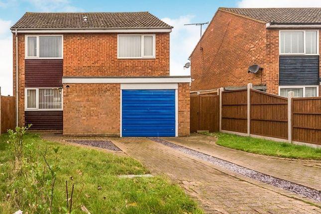 Thumbnail Detached house for sale in Wheatbarn, Welwyn Garden City