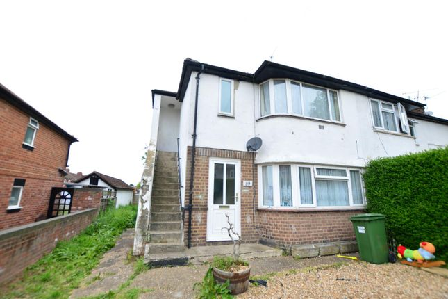 Thumbnail Maisonette to rent in Canterbury Avenue, Slough
