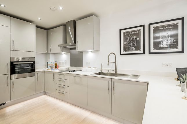 Thumbnail Flat for sale in Reading Riverside, Reading