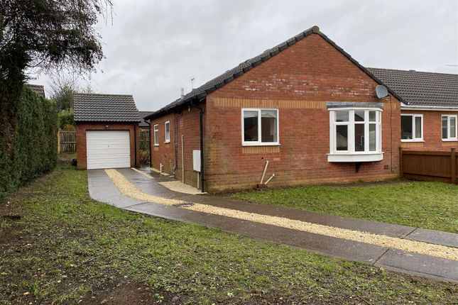 2 bed semi-detached bungalow to rent in Sunnycroft, Portskewett, Caldicot NP26