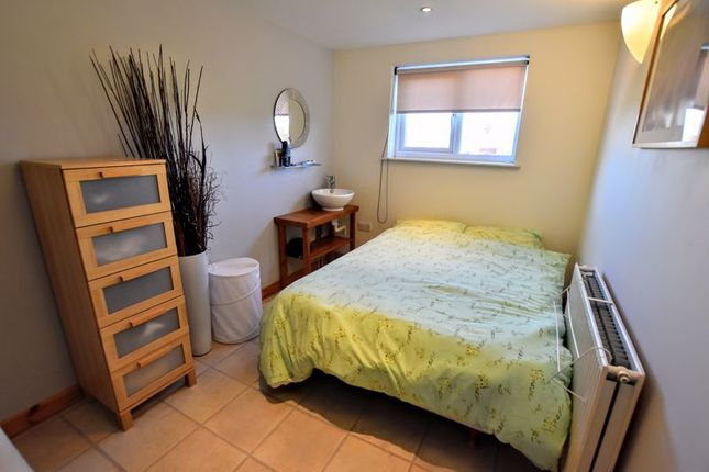 Annex Bedroom of Whaddon Way, Bletchley, Milton Keynes MK3