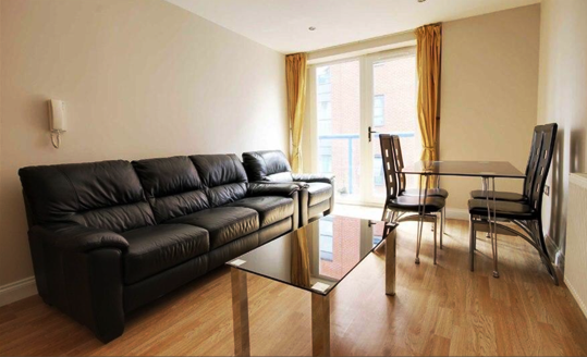 2 bed flat to rent in Saturn House, Wise Road, Stratford E15