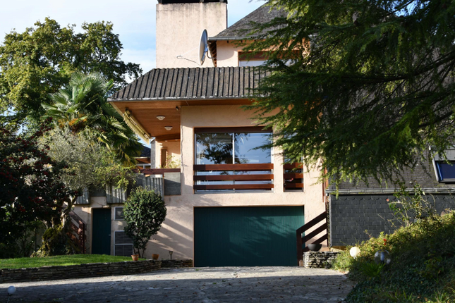 5 bed detached house for sale in Pau, Pyrenees-Atlantiques, Nouvelle-Aquitaine, France