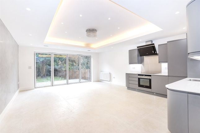 Thumbnail Flat for sale in Langley Park, Mill Hill