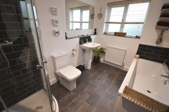 Bathroom of Pentlepoir, Saundersfoot SA69
