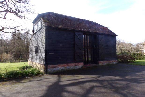 Barn conversion to rent in Wardsbrook Road, Ticehurst, Wadhurst