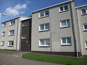 Thumbnail Flat to rent in Smeaton Gardens Kirkcaldy, Fife
