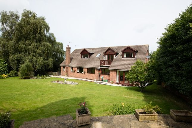 Thumbnail Detached house for sale in Meadow View Drive, Frodsham