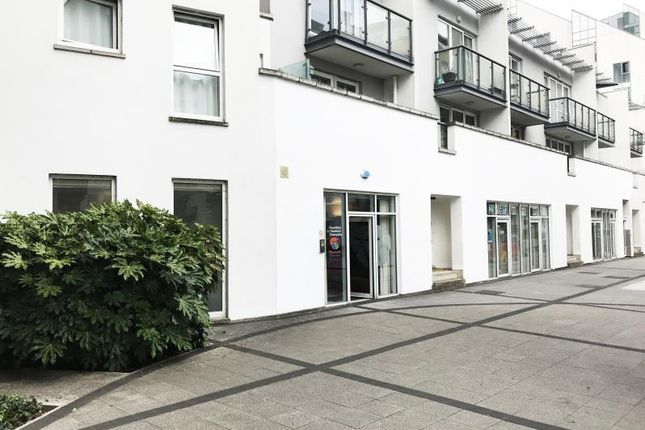Thumbnail Leisure/hospitality to let in 22A, Point Pleasant, Wandsworth