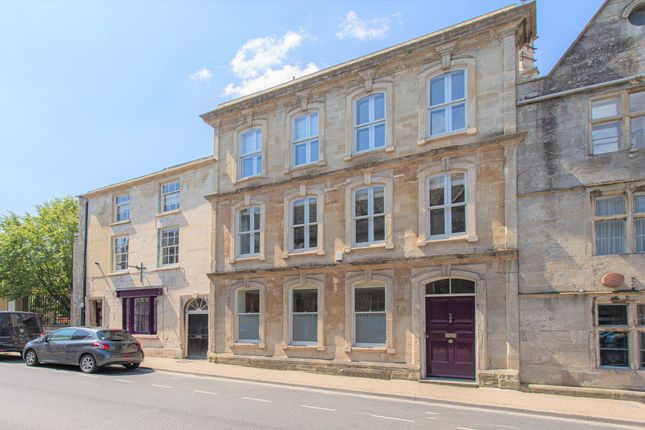 3 bed town house for sale in Long Street, Tetbury GL8