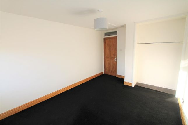 Bedroom (Two) of Wood Common, Hatfield AL10