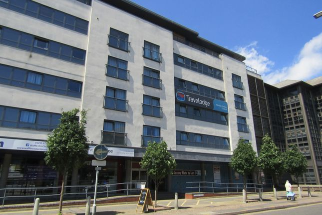 Thumbnail Flat to rent in Jackson Road, Clacton-On-Sea