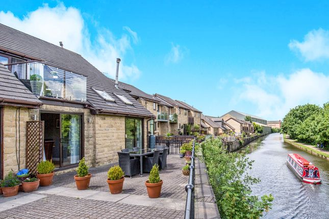 3 bed semi-detached house for sale in Airedale Quay, Rodley, Leeds