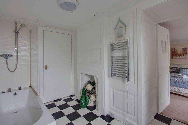 En Suite of Standard Close, High Street, Montrose DD10