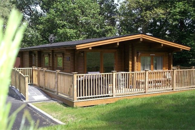Thumbnail Mobile/park home for sale in Penlan Holiday Village, Cenarth, Newcastle Emlyn, Carmarthenshire