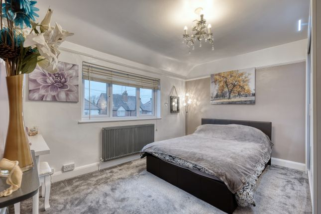 Master Bedroom of The Meadway, Headless Cross, Redditch B97
