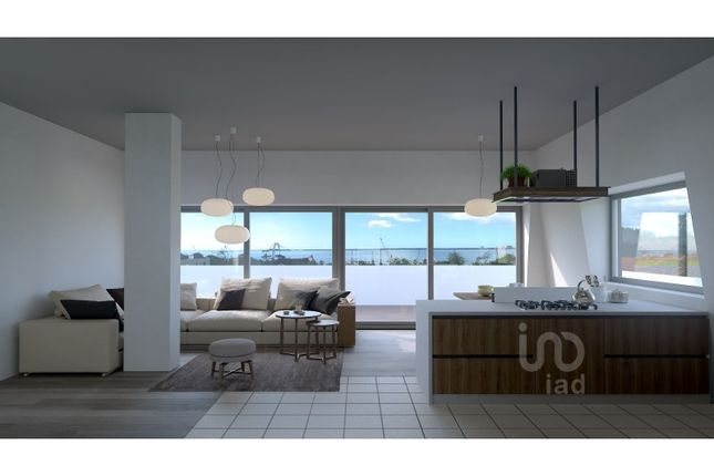 Thumbnail Apartment for sale in Setúbal Municipality, Portugal