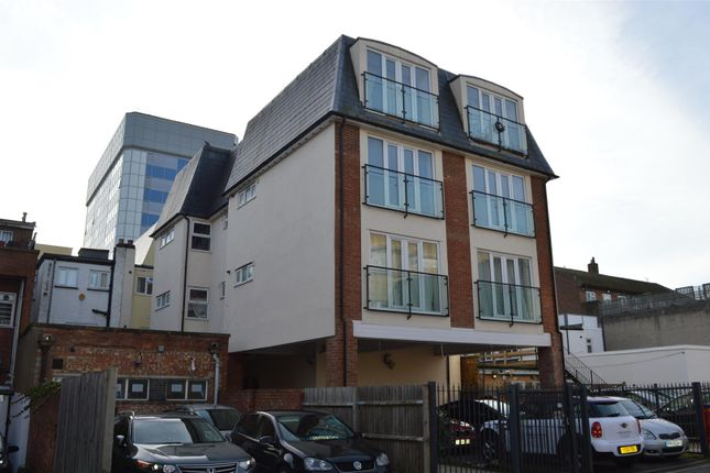 Thumbnail Block of flats for sale in Grove Parade, Slough