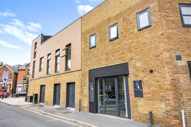 1 bed flat for sale in The Glades Shopping Centre, High Street, Bromley BR1