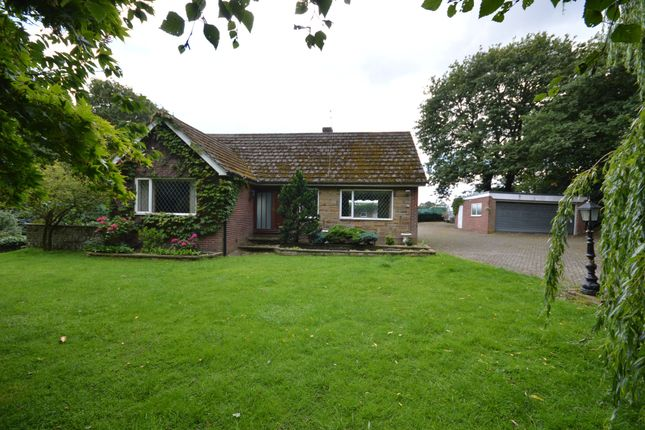 3 bed detached house for sale in Batley Road, Kirkhamgate, Wakefield