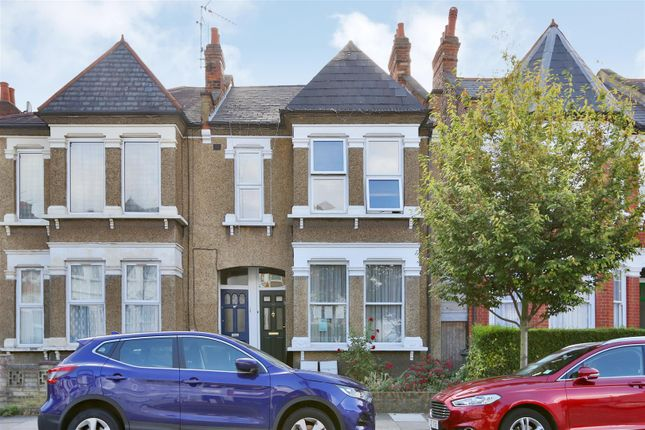 Thumbnail Flat for sale in Marlborough Road, Bowes Park