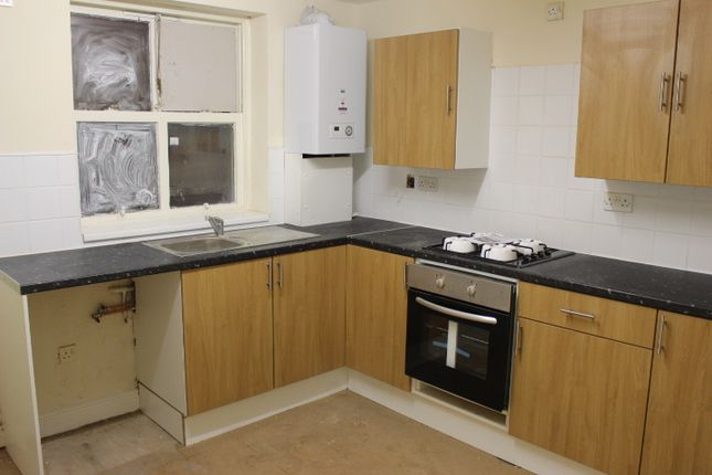 Thumbnail Flat to rent in Astley Street, Dukinfield