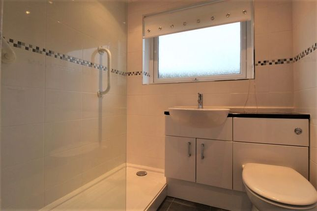 Shower Room of Hollows Avenue, Paisley PA2